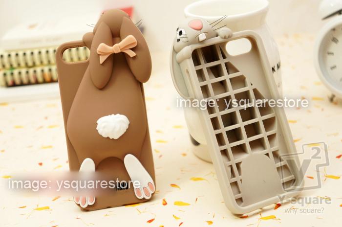 quality design 19f1a c19a7 moschino rabbit iphone case review - Serafini Pizzeria